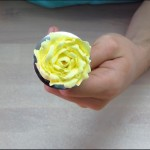 How to Make Buttercream Roses